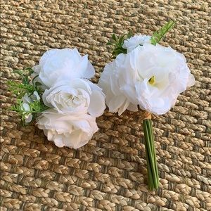 Other - Set of 2 Small Silk Bouquets